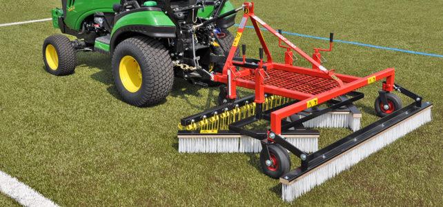 Artificial turf maintenance machine BDS200